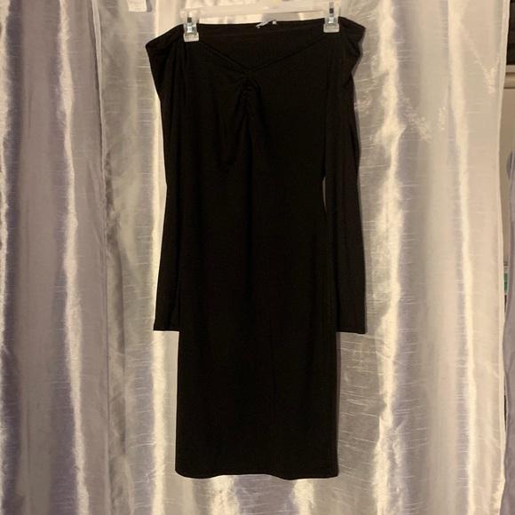 Tobi Other - Black off the shoulder dress